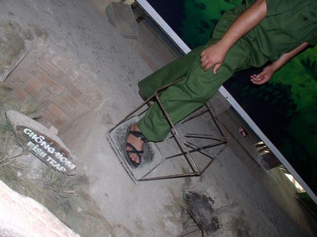 0 7aaff 12f5952d orig Тоннели и ловушки вьетнамских партизан