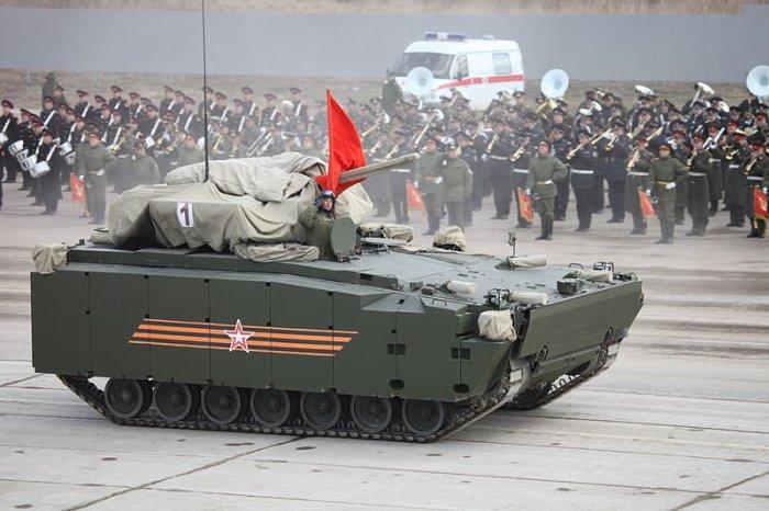 Какую военную технику покажут на главном параде Победы