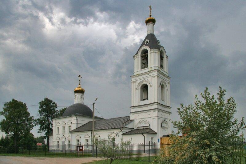 Церковь Тихвинской иконы Божией Матери в Костино