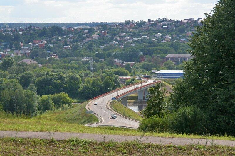 Мост через канал им. Москвы, вид с Перемиловской высоты