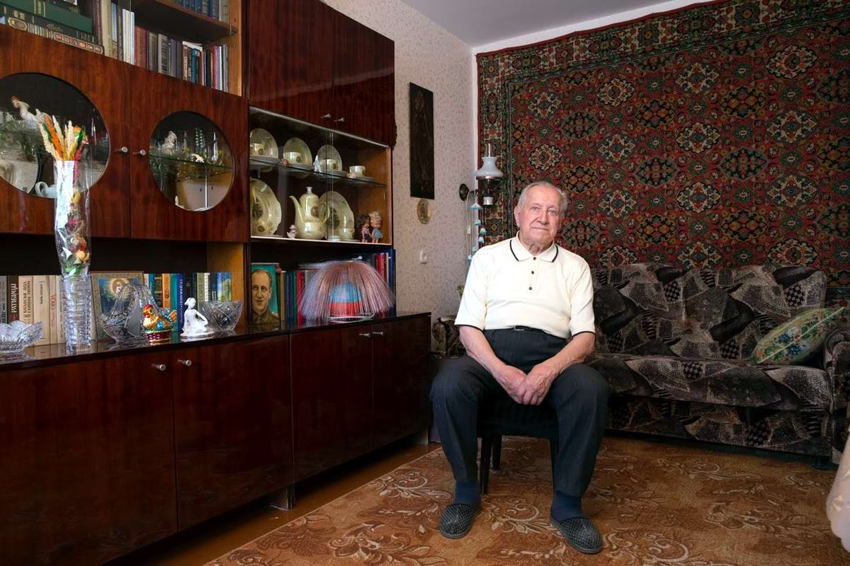 Николай Мазаник начал войну в качестве командира стрелкового взвода. Закончил войну в городе Кенигсберг