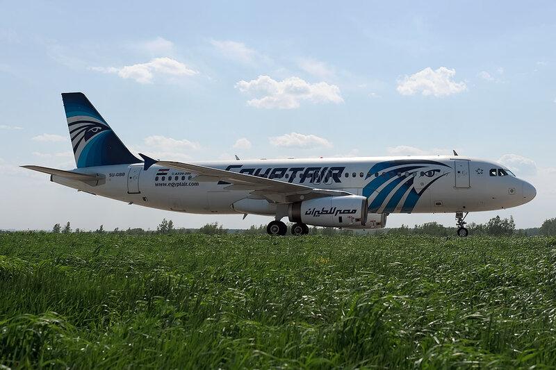 Airbus A320-231 (SU-GBB) Egypt Air DSC_0009
