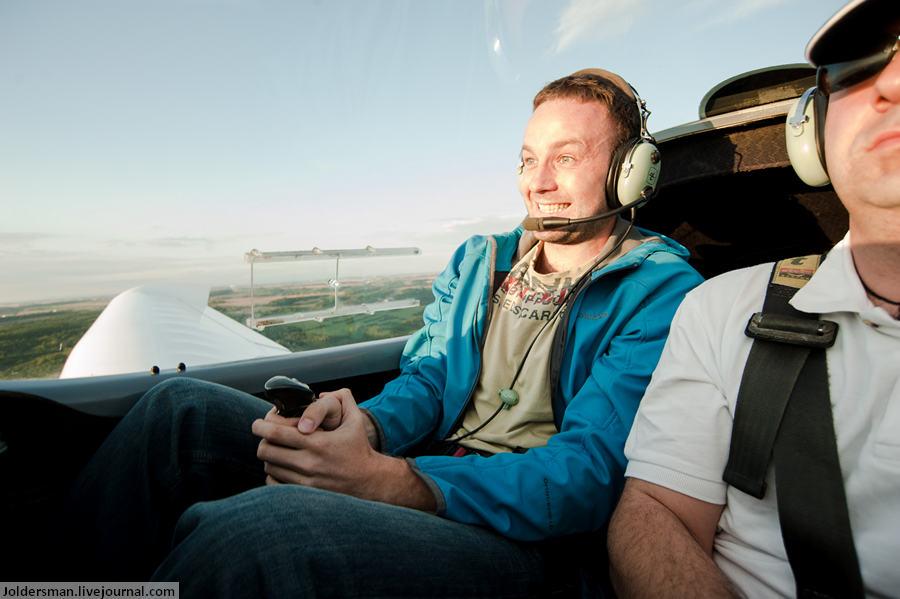 Артур Якуцевич за рулём самолёта