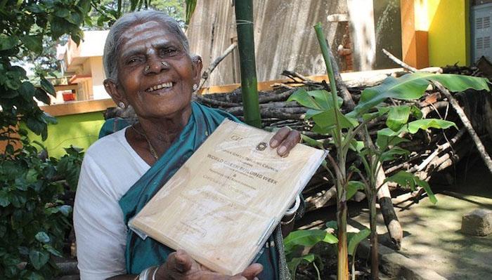 Сегодня Саалумарада возглавляет международный фонд по сохранению окружающей среды. Сама она нача