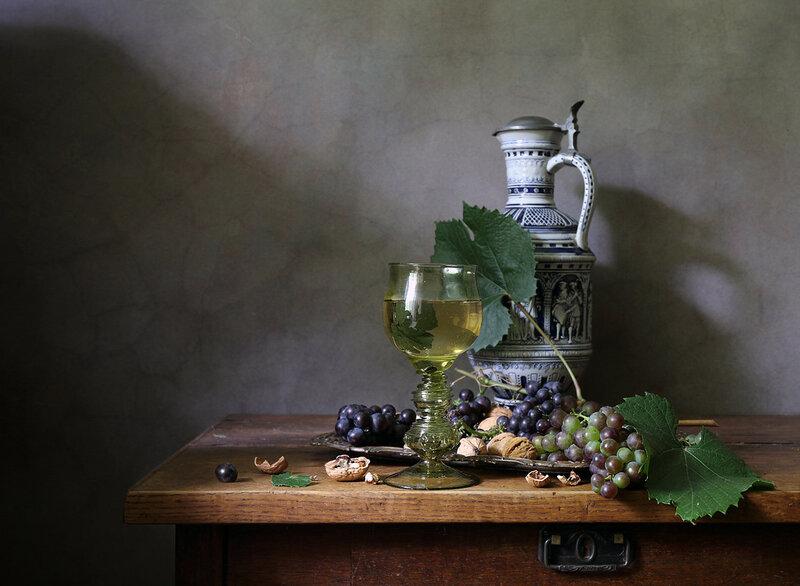 Вино в бокале