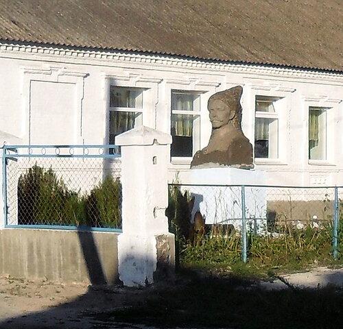 Дорога через Садки. 2012-07-15