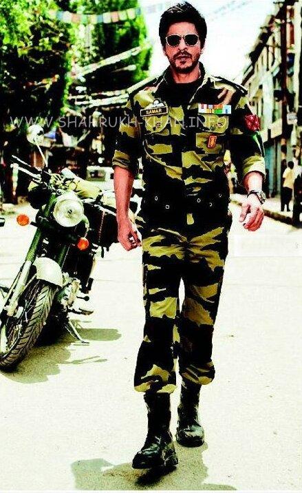 SRK officer Samar - кадр из фильма Яши Чопры