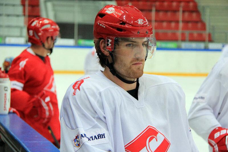 Хоккеисты «Спартака» тренируются в Сокольниках (Фото)