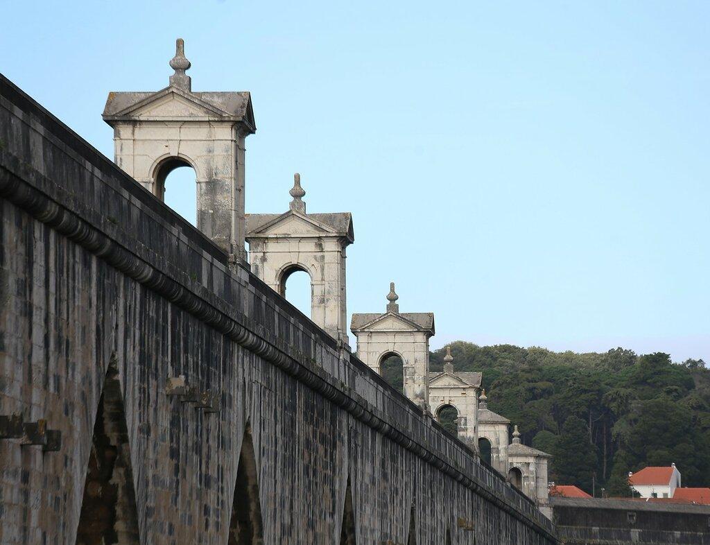 Lisbon. Aqueduct of the free waters (Aqueduto das Águas Livres)