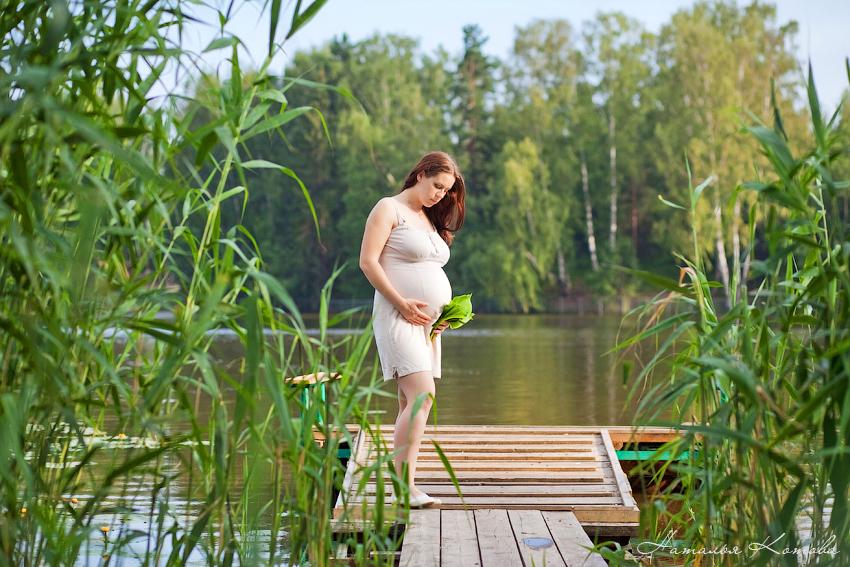 Фотосессия для беременных у воды 93