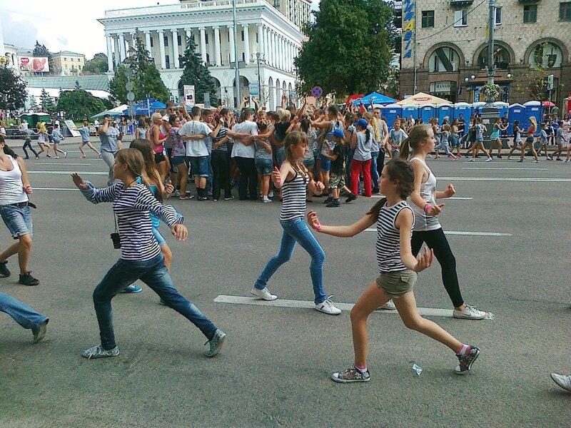 Репетиция на Крещатике в первый день Майданс-3