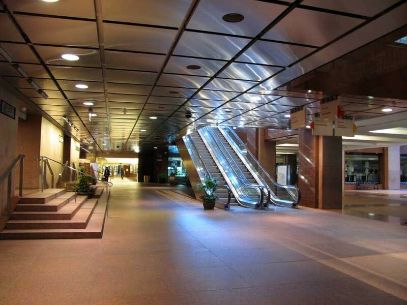 Крупнейшая в мире система пешеходных тоннелей