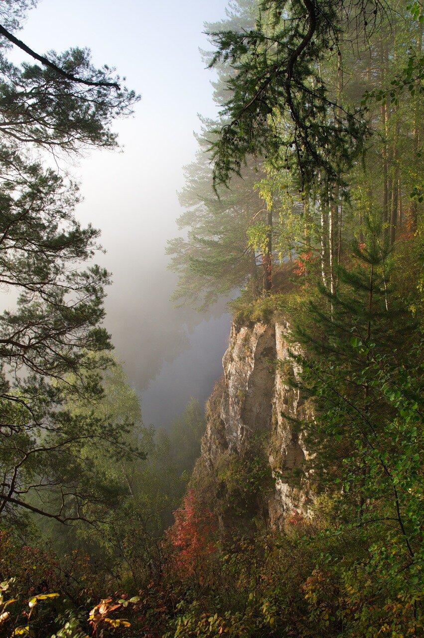 Туманная осень на Чусовой.