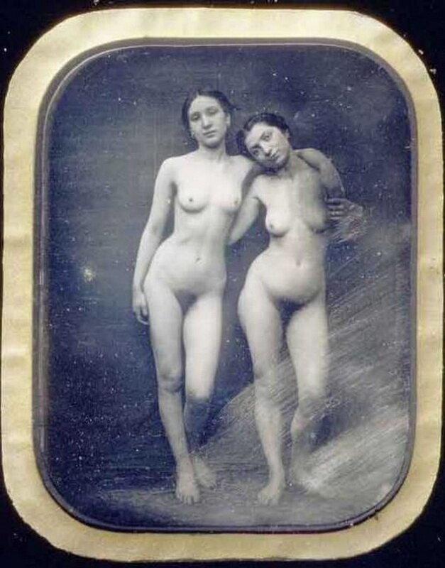 Первая в мире эротическая фотография