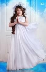 Юная певица Рагда стала сенсацией Детской Новой Волны