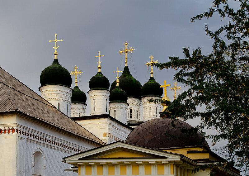Троицкий монастырь в Астраханском кремле