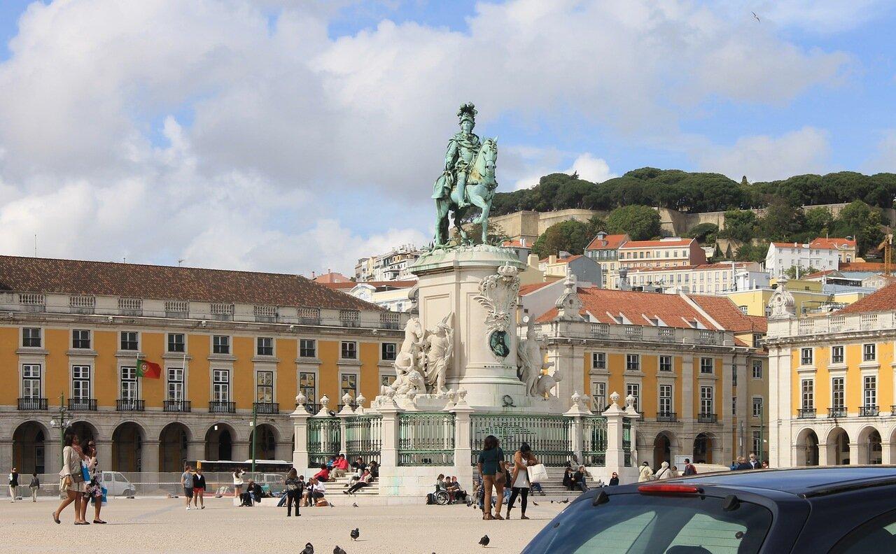 Лиссабон. Торговая площадь, Праса ду Комерсиу Памятник Жозе I. Praça do Comércio. Jose 1 monument