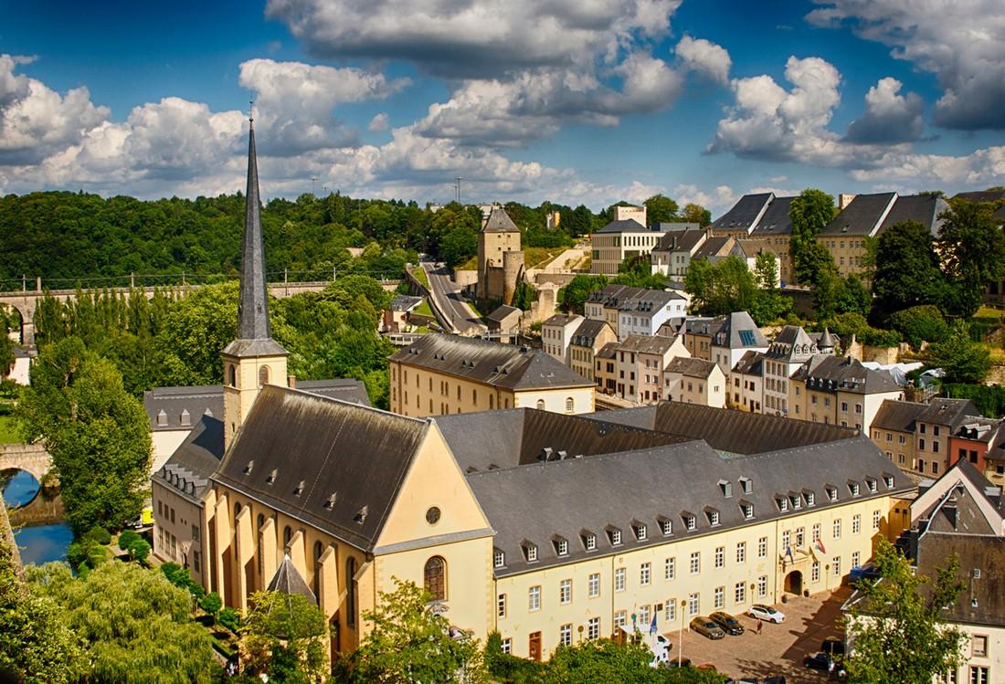 19. Люксембург — страна замков. На территории этого небольшого государства расположено более 100 зам