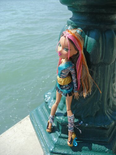 bratz-Shakira-Venezia-21/8/2012-21