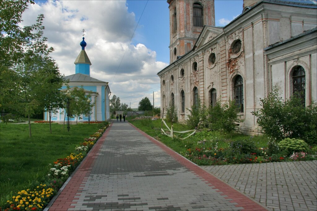 Шлиссельбург, Благовещенский собор и Никольская церковь