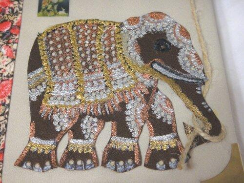 Индийский слон. Визитница