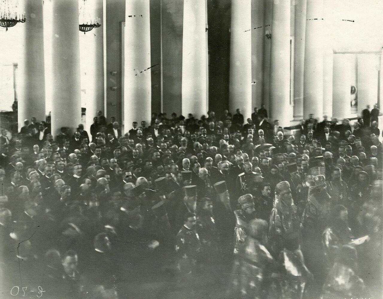 21. Богослужение в Екатерининском зале Таврического дворца по случаю открытия Второй Государственной думы