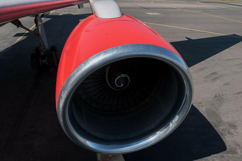 Boeing 757-230 (RA-73017) ВИМ-Авиа D701034