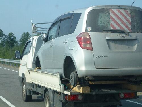 Машина воровайка часто загружена машиной чуть ли не большей себя