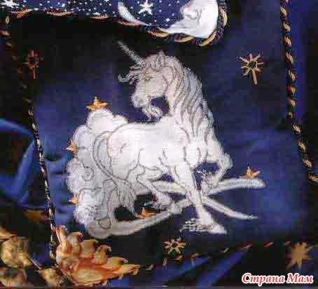 """Схема вышивания крестом - Подушка  """"Единорог """".  Канва темно-синяя.  Советы по вышиванию: - Начинайте работу с..."""