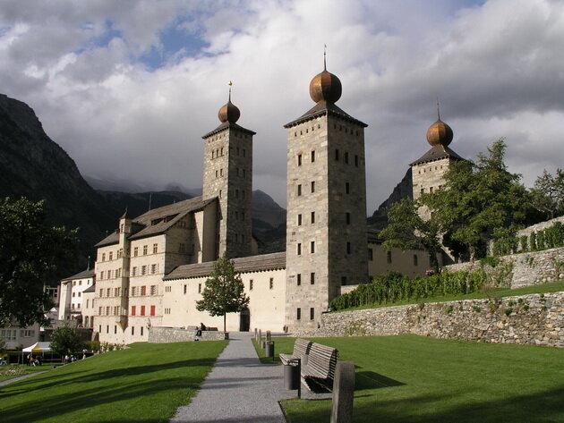 Замок Штокальпер (Schloss Stockalper). Швейцария