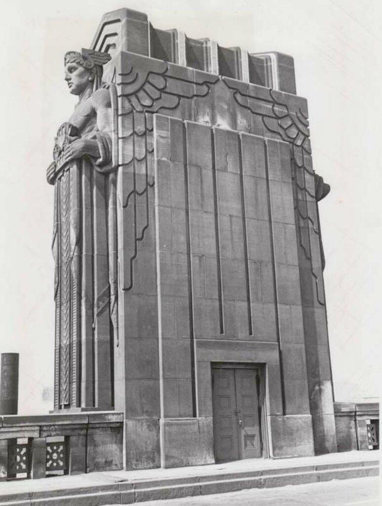 1932  Lorain-Carnegie Bridge. Cleveland 0.jpg