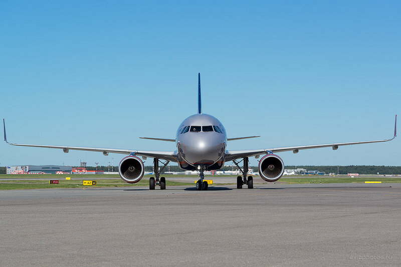 Airbus A320-214 (VP-BTI) Аэрофлот D800673