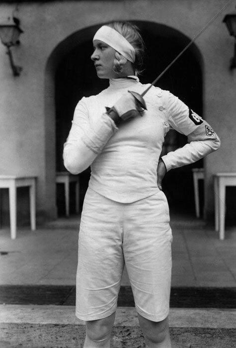 Helene Mayer, 1930