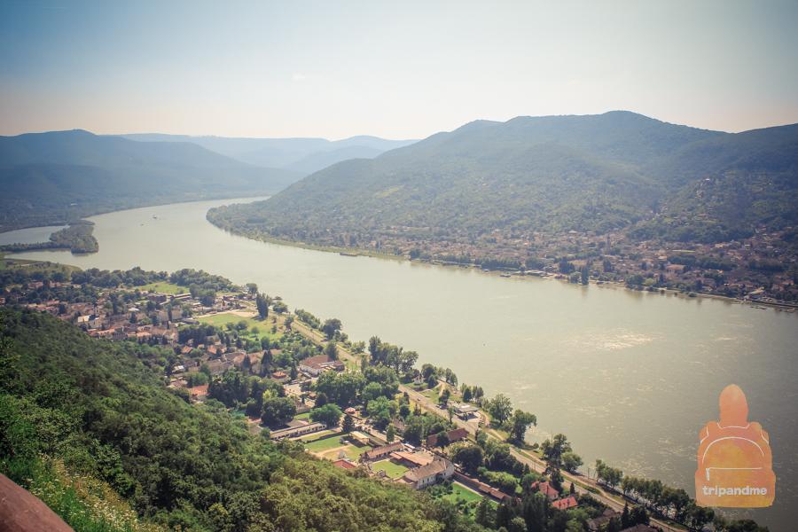 Вид на равнину и реку