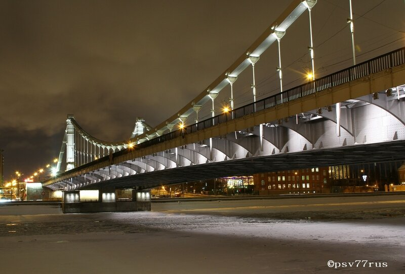 Крымский мост. Ночь. Зима. Москва.