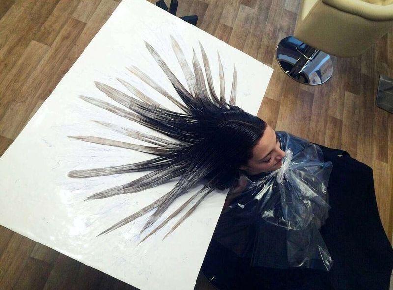 «Волосы русалки» — новый бьюти-тренд из соцсетей (10 фото)