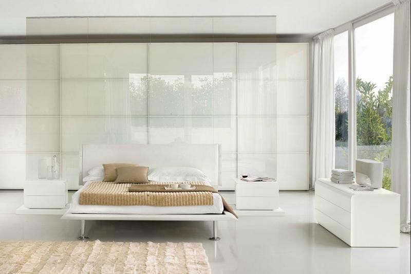 Белый цвет в интерьере спальни фото (11)