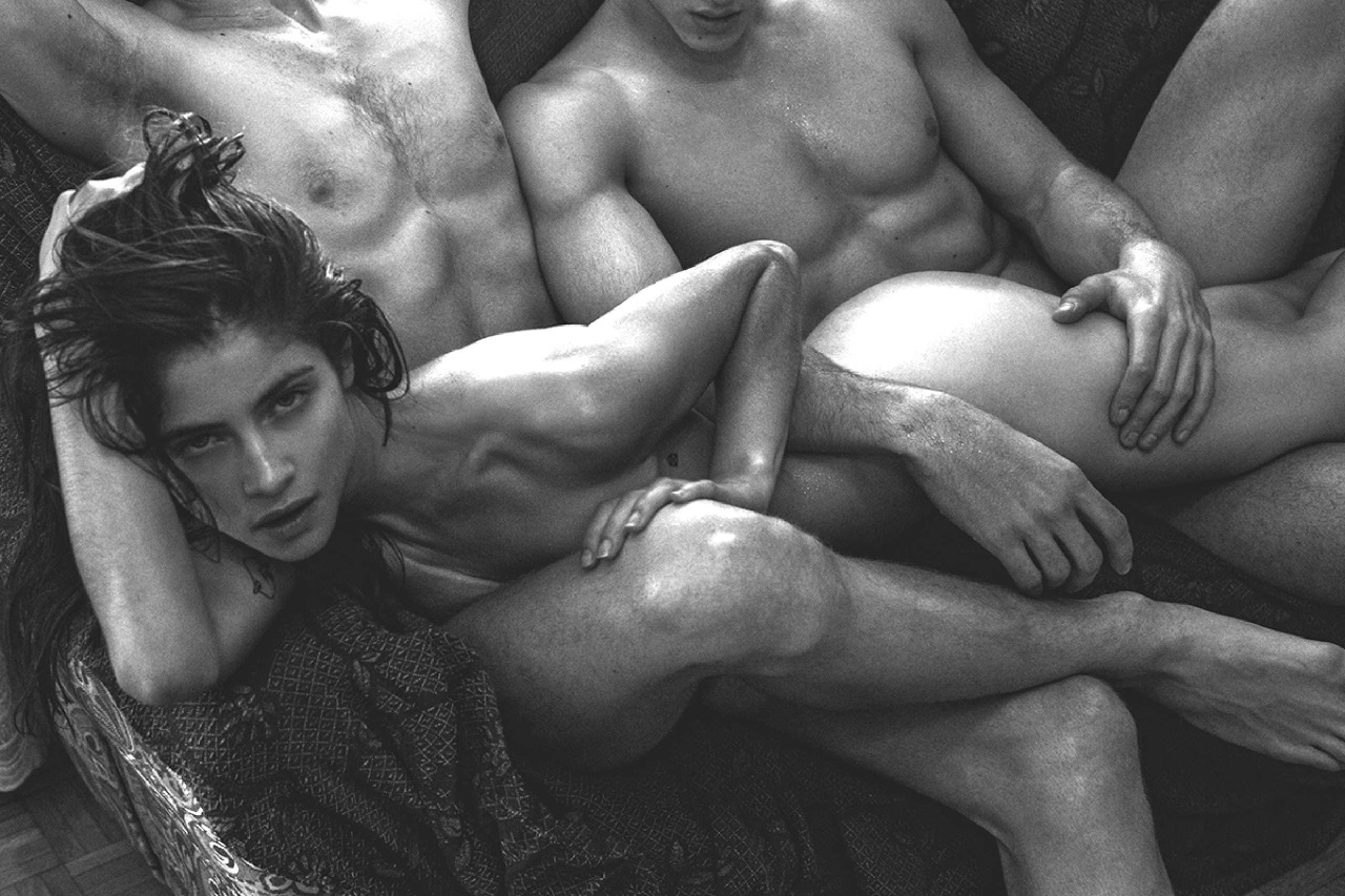 Секс красивый с двумя мужчинами