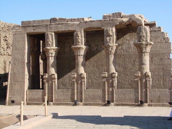 Храм Гора. Египет
