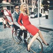 Двое на велосипеде