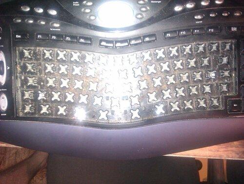 Клавиатура до чистки