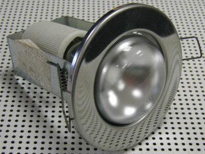 R-80 хром, золото, титан.  Точечные светильники с лампами osram.