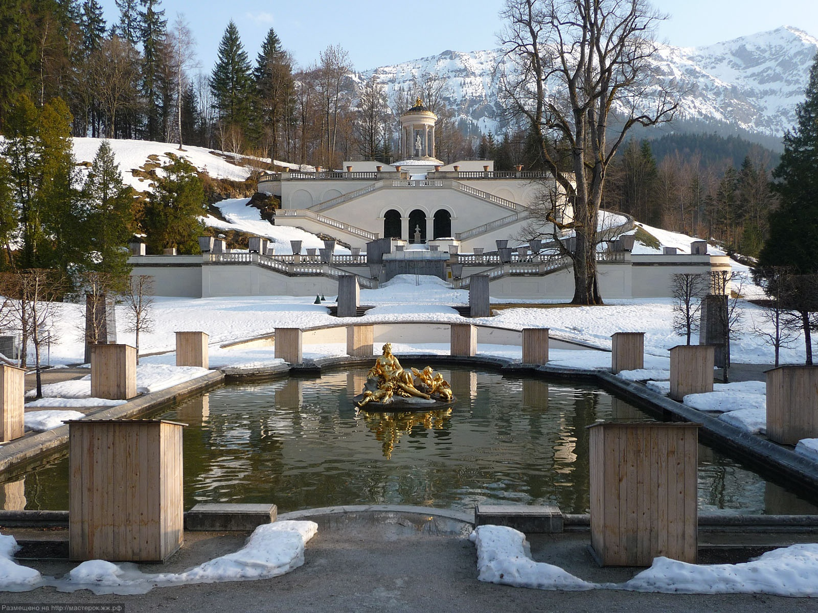 Картинки по запросу дворец херренкимзее зимой