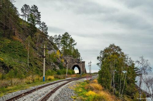 Озеро Байкал. Железная дорога Кругобайкалка