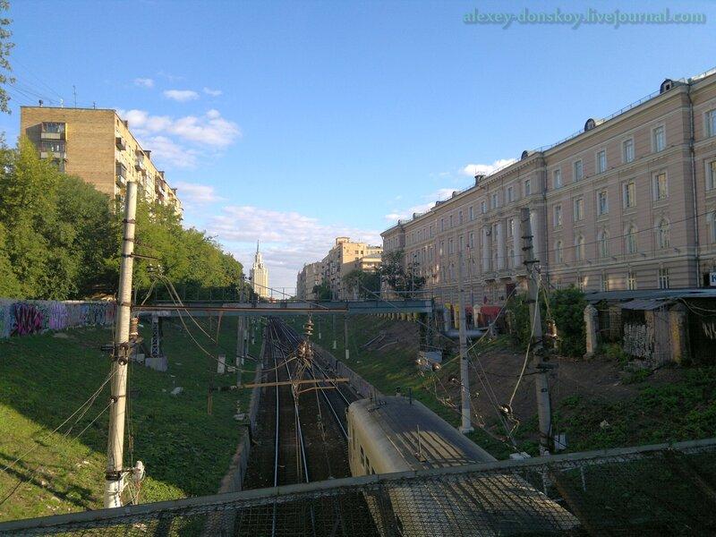 Самый короткий путь от Курского до Казанского вокзалов