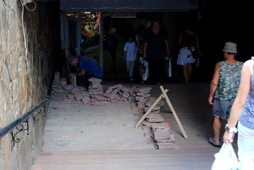 подземный переход луганск центральный рынок
