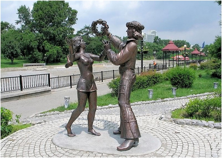 Памятник героям мультфильма «Бременские музыканты»