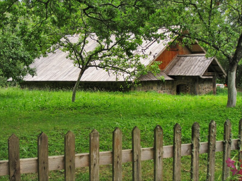 Пушкиногорье, Михайловское, Постройки