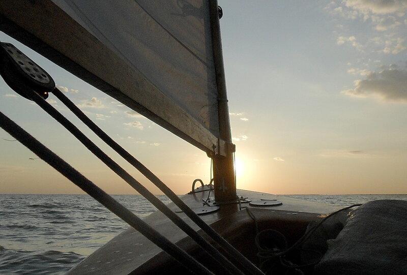 В Бейсугском лимане на закате, июнь 2011