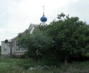 Храм, хутор Новопокровский, июнь 2012